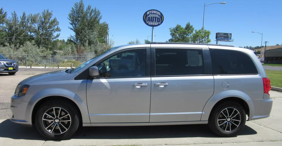 2019 GRAY Dodge Grand Caravan GT (2C4RDGEG4KR) with an 3.6L V6 DOHC 24V engine, 6A transmission, located at 3030 CY Ave, Casper, WY, 82604, (307) 265-3830, 42.827816, -106.357483 - Photo #0